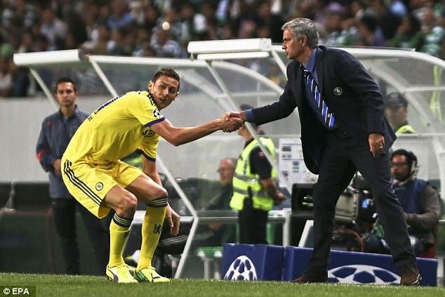 Mourinho - Matic: Het si nhuc lai tim den nhau? hinh anh 3