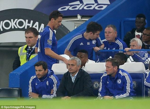 Mourinho - Matic: Het si nhuc lai tim den nhau? hinh anh 2