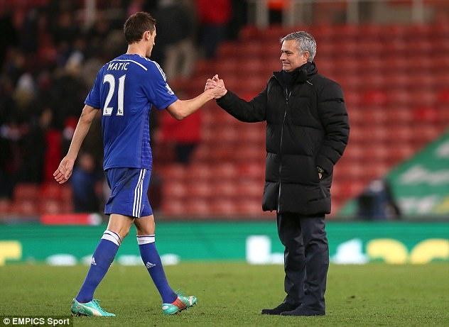 Mourinho - Matic: Het si nhuc lai tim den nhau? hinh anh 1