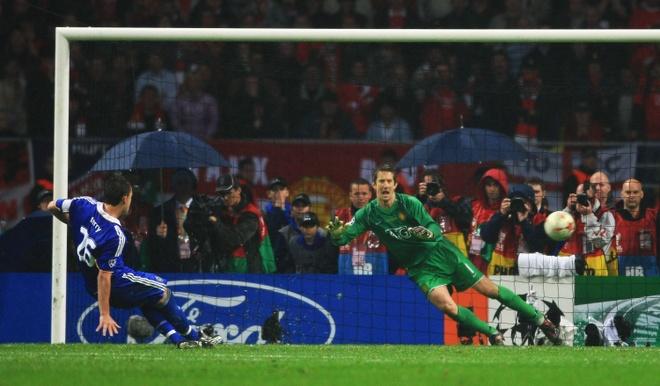 Tu truyen Drogba: Nuoc mat nhin Man Utd xung vuong Champions League hinh anh