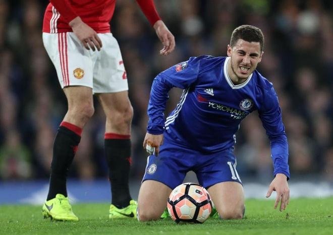 Hazard va tan binh 40 trieu bang lo chuyen du dau he cung Chelsea hinh anh