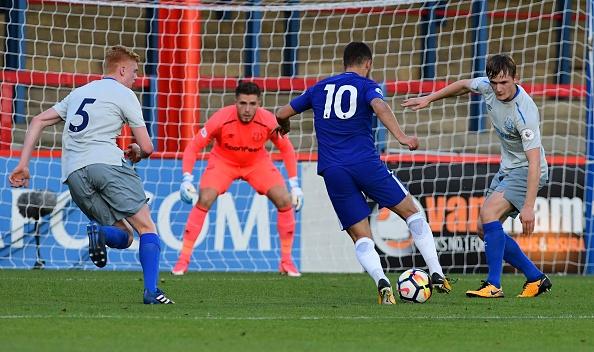 Eden Hazard nhat nhoa trong ngay U23 Chelsea thua tham hinh anh 1