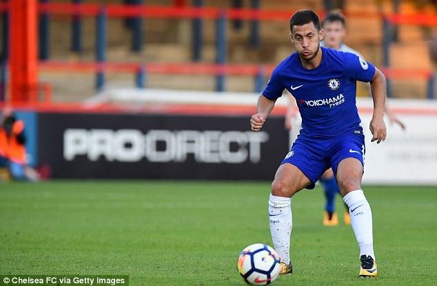 Eden Hazard nhat nhoa trong ngay U23 Chelsea thua tham hinh anh 4