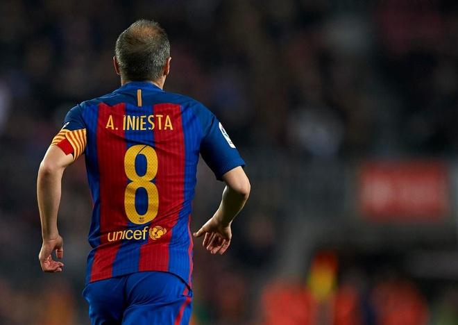 Chelsea theo duoi Muller, Juventus sap co Iniesta? hinh anh 2
