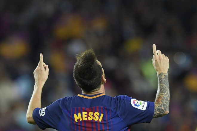 Messi lap hattrick, Barca dai thang derby hinh anh 6