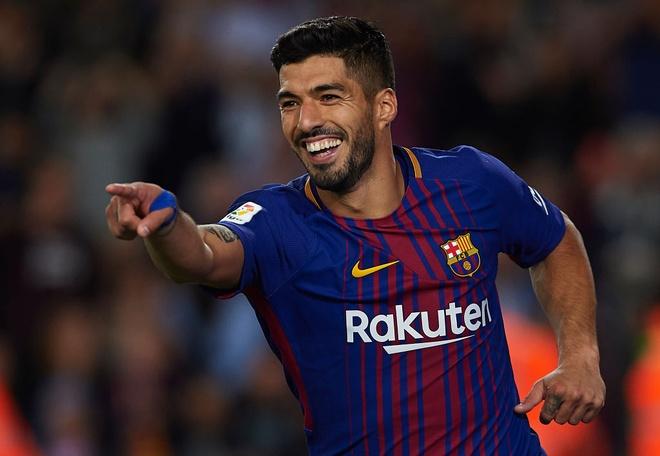 Messi lap hattrick, Barca dai thang derby hinh anh 9