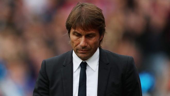3 sai lam cua Conte keo Chelsea vao khung hoang hinh anh
