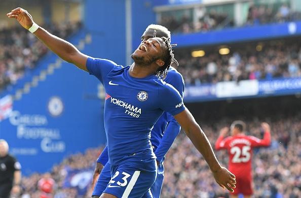 'Con ghe' Batshuayi dua Chelsea thoat khoi cua tu hinh anh