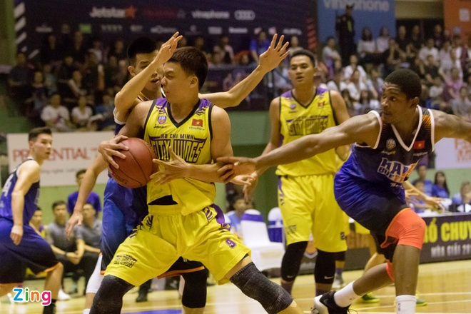 Vincent Nguyen toa sang, Hanoi Buffaloes doat ve choi play-off hinh anh 7