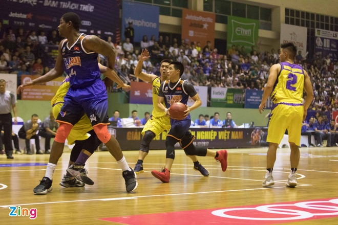 Vincent Nguyen toa sang, Hanoi Buffaloes doat ve choi play-off hinh anh 10