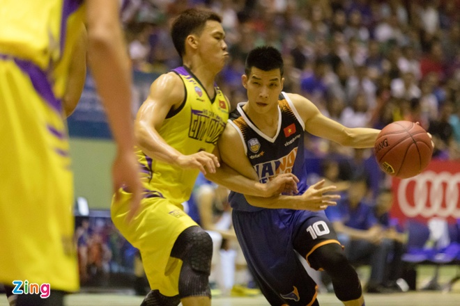 Vincent Nguyen toa sang, Hanoi Buffaloes doat ve choi play-off hinh anh 12