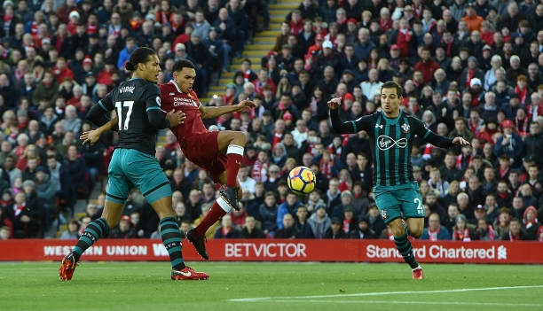 Chelsea ap dao doi hinh ket hop dai chien voi Liverpool hinh anh 5