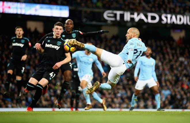 HLV Guardiola: 'Toi muon Pogba duoc ra san vao tuan sau' hinh anh 2