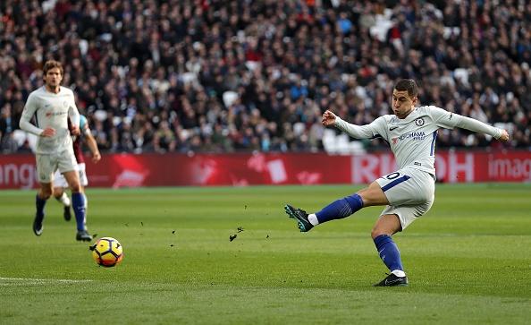 Hang cong 'tu tung', Chelsea bat ngo bi West Ham quat nga hinh anh 4