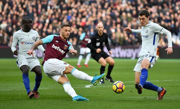 Hang cong 'tu tung', Chelsea bat ngo bi West Ham quat nga hinh anh 3