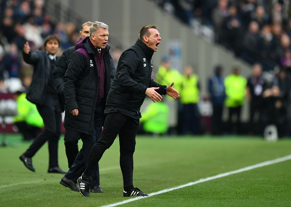 Hang cong 'tu tung', Chelsea bat ngo bi West Ham quat nga hinh anh 10