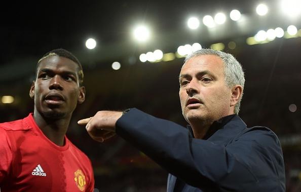 Drogba, Pogba va 20 ban hop dong lam nen ten tuoi Jose Mourinho hinh anh