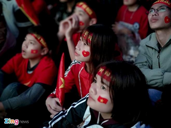 CDV noi Quang Hai lon len chet lang vi U23 Viet Nam thua phut cuoi hinh anh 3
