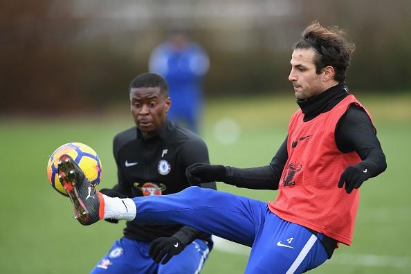 Giroud duoc Conte 'kem rieng' trong buoi tap moi hinh anh 4