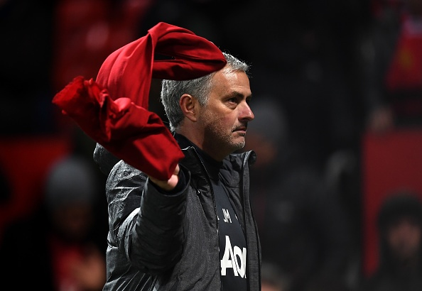 Vong 27 Premier League: Cho Mourinho pha dop truoc 'Chich choe' hinh anh