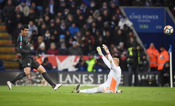 Morata ghi ban tro lai, Chelsea thang tien vao ban ket cup FA hinh anh