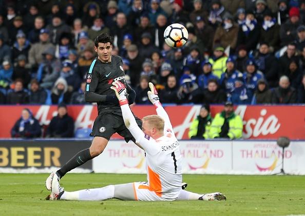 Morata ghi ban tro lai, Chelsea thang tien vao ban ket cup FA hinh anh 1