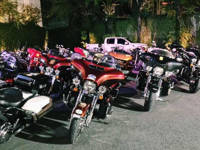 Dan moto Harley Davidson hoi tu tai trung tam Sai Gon hinh anh