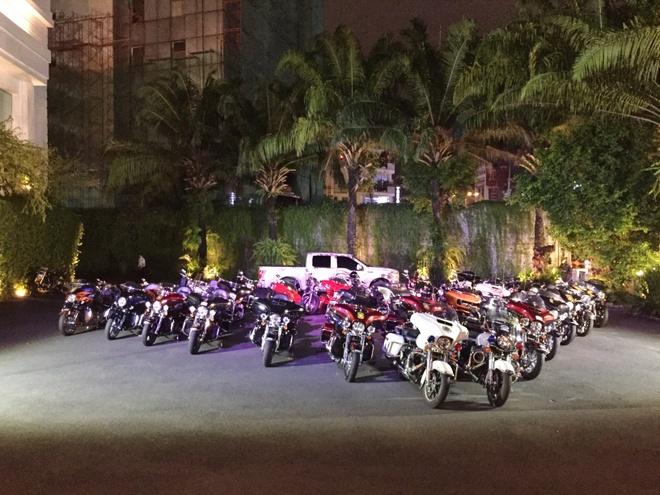 Dan moto Harley Davidson hoi tu tai trung tam Sai Gon hinh anh 3