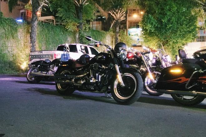 Dan moto Harley Davidson hoi tu tai trung tam Sai Gon hinh anh 2