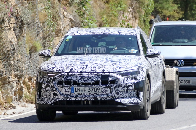 Lo dien hinh anh Audi E-Tron Quattro chay thu nghiem hinh anh 1