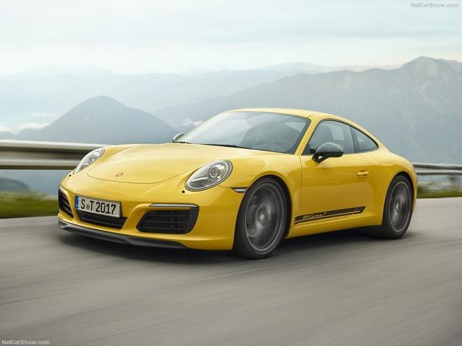 Porsche 911 Carrera T 2018 nang cap manh me, gia hon 100.000 euro hinh anh