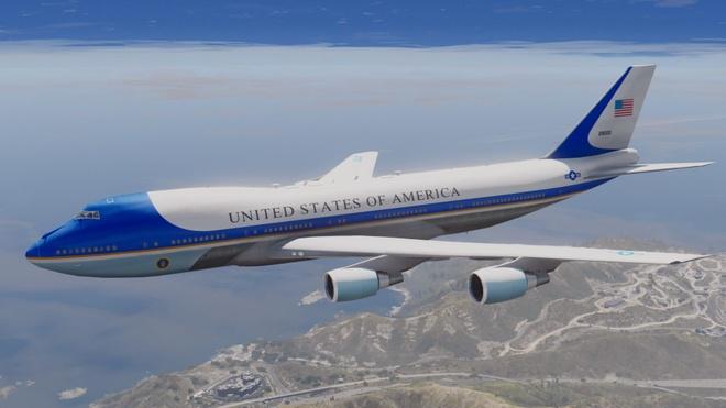 'Nha trang tren khong' Air Force One dua ong Trump den VN hinh anh