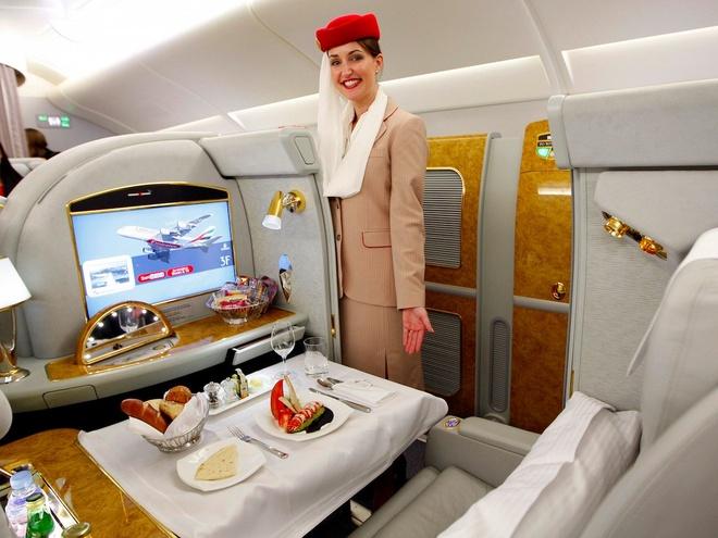 Khoang hang nhat hang bay Emirates phong cach Mercedes S-Class hinh anh 1