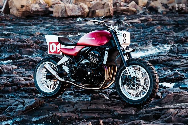 Kawasaki Z900RS Stone Tracker phong cach chua te bong dem hinh anh