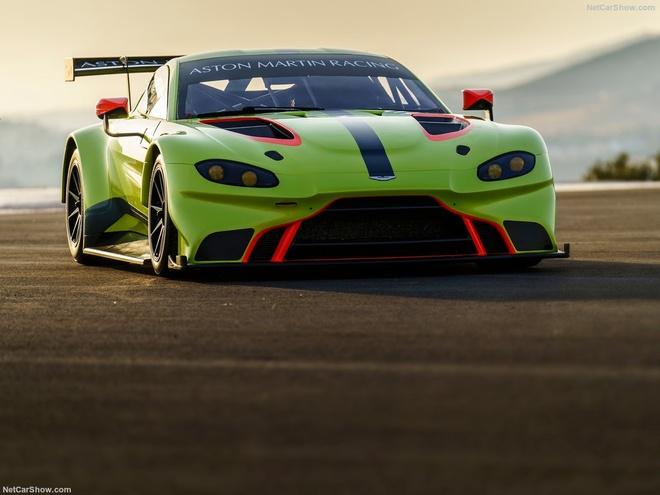 Aston Martin Vantage GTE: Sinh ra chi de dua hinh anh 3