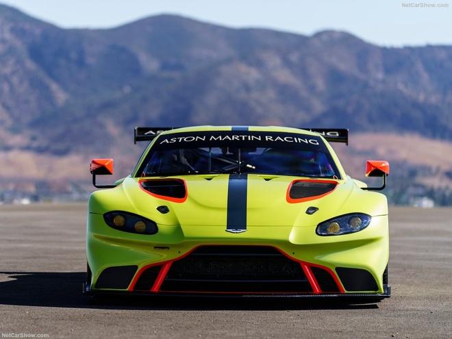 Aston Martin Vantage GTE: Sinh ra chi de dua hinh anh 4
