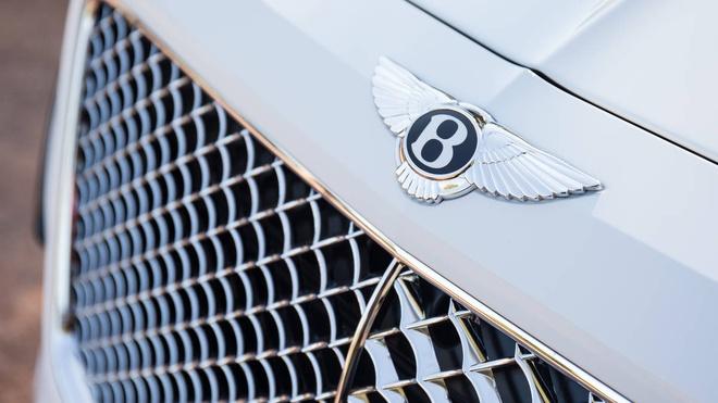 Bentley Bentayga sap ra mat phien ban dong co hybrid hinh anh 3