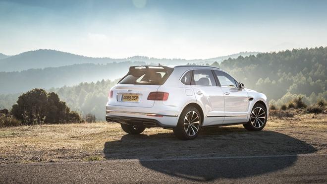 Bentley Bentayga sap ra mat phien ban dong co hybrid hinh anh 2
