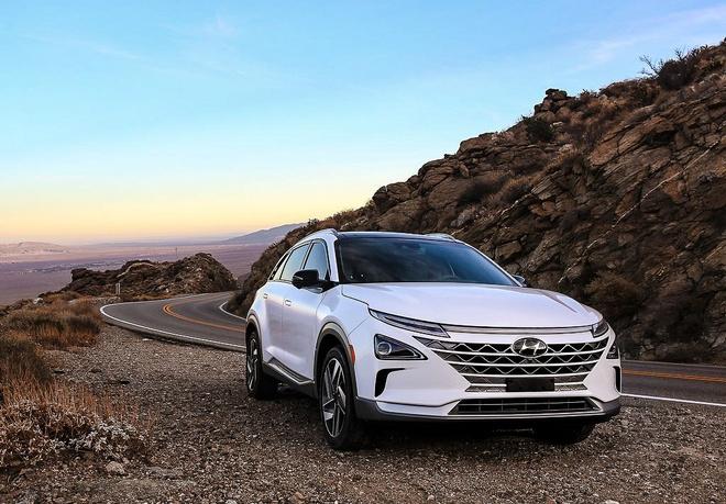 Hyundai tung mau crossover dien chay 800 km mot lan sac hinh anh