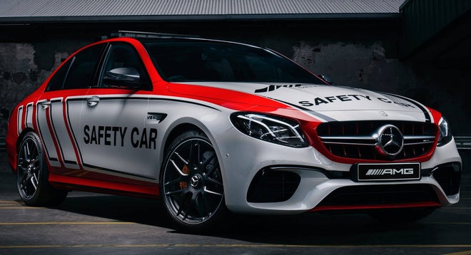 Mercedes-AMG E63 S 4MATIC+ phien ban xe dan duong hinh anh