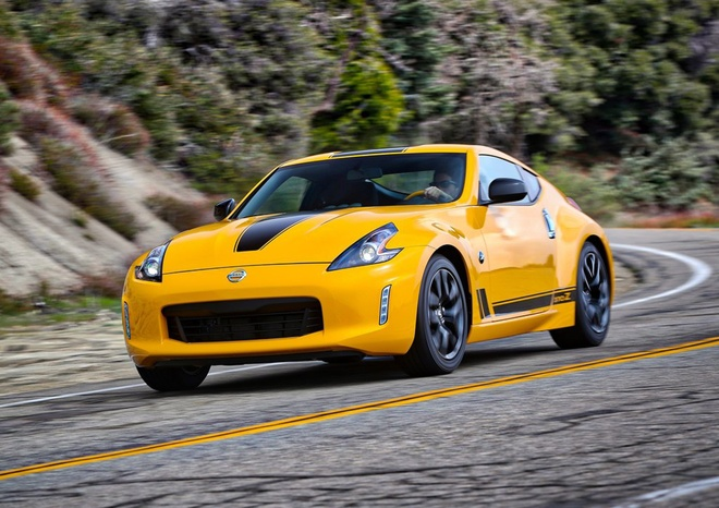 Nissan 370Z 2018 la the he xe the thao hang trung cuoi cung? hinh anh 1