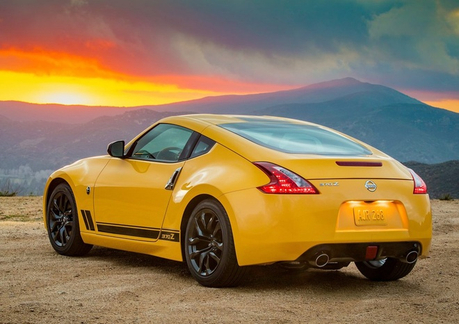 Nissan 370Z 2018 la the he xe the thao hang trung cuoi cung? hinh anh 8