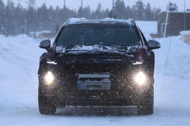 Hyundai Santa Fe 2018 chay thu nghiem hinh anh