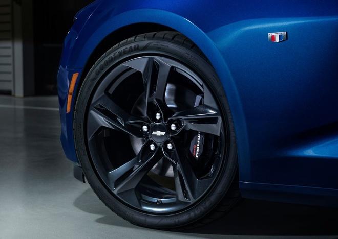 Chevrolet Camaro 2019 ra mat anh 11