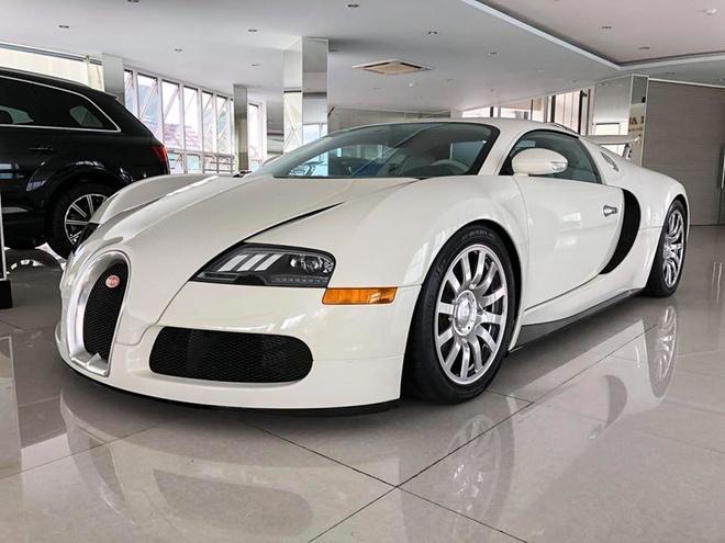 Bugatti Veyron doc nhat tai Viet Nam thay ao moi hinh anh
