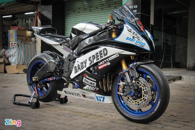 Yamaha R6 do phong cach xe dua MotoGP tai Sai Gon hinh anh