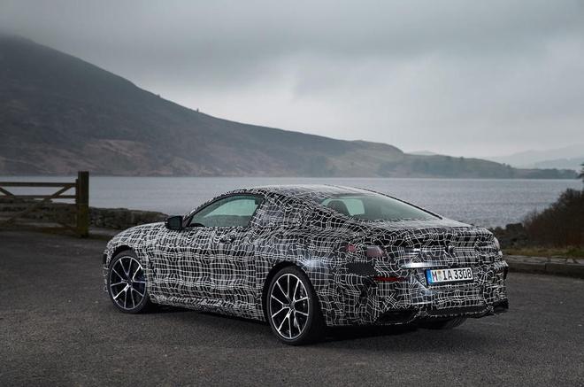 BMW 8-Series bat ngo lo dien truoc ngay ra mat hinh anh 14