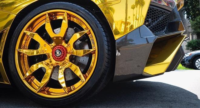 Sieu xe Lamborghini anh vang cua ca si Chris Brown anh 4