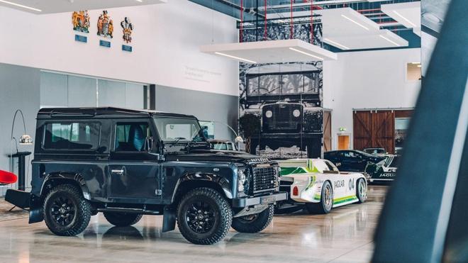 Mot vong trung tam xe co lon nhat cua Jaguar Land Rover hinh anh 2