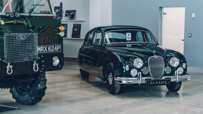 Mot vong trung tam xe co lon nhat cua Jaguar Land Rover hinh anh 5